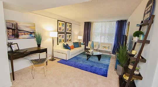 Lake Towers Apartments in Baton Rouge, LA - 1, 2, 3 Bedroom ...