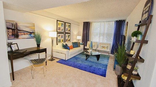 Lake Towers Apartments In Baton Rouge, LA