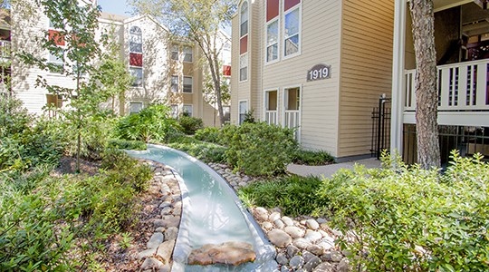 Hickory Creek Apartments New Orleans
