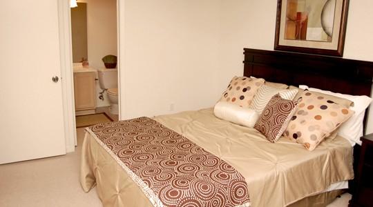 Crossroads Apartments In Metairie La Studio 1 2 Bedroom Apartments For Rent 1st Lake