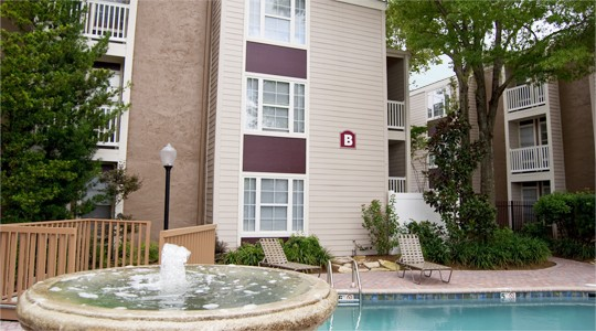 Crossroads apartments in metairie la studio 1 2 bedroom apartments for rent 1st lake for One bedroom apartments metairie