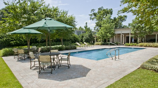 Park oaks apartments in metairie la studio 1 bedroom for Garden oaks pool