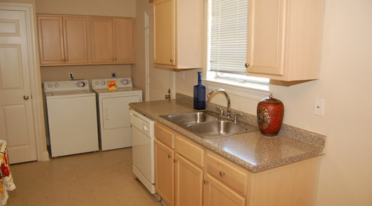 Wildflower Apartments In Metairie La 1 2 3 Bedroom Apartments For Rent 1st Lake Properties